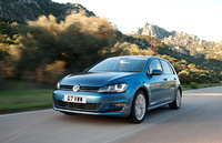Volkswagen tees up new Golf for first customer orders