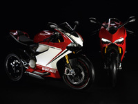 Sales and awards underline success of the Ducati 1199 Panigale