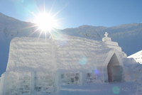 An ice adventure for families: Easter at the Ice Hotel, Romania