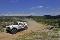 Land Rover continues to power Race2Recovery dream