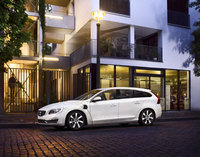 Volvo plug-in diesel hybrid approved for Government's Plug-in Car Grant