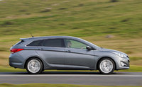 Hyundai i40 takes premium to the next level