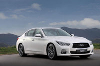 Infiniti Q50 debuts at Geneva Motor Show with European power