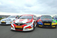 Champions ready to battle as BTCC blasts off at Brands Hatch