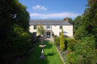 Beautiful and historic Cornish property available to rent for the first time