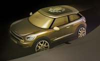 Roberto Cavalli adds his artistic signature to the MINI Paceman