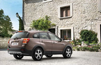 Redesigned Chevrolet Captiva SUV