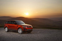 First dynamic display of the Range Rover Sport up the Goodwood hill