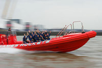 Beat the heatwave! - New thrilling Thames Rockets boat ride
