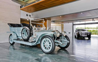 Rolls-Royce welcomes the Silver Dawn