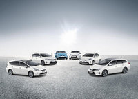 Toyota gives sneak preview of its hybrid future