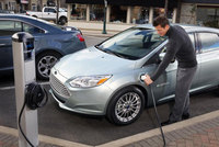 New Ford Focus electric leads green charge at Low Carbon Vehicle 2013