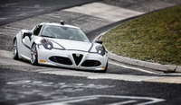 Alfa Romeo 4C completes the Nürburgring in just 8'04''