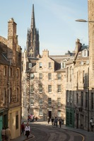 Savour the festive atmosphere and unique Christmas shopping in the Grassmarket