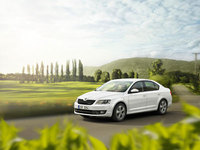 Skoda Octavia hatch GreenLine with just 85g/km and 88.3mpg on sale now
