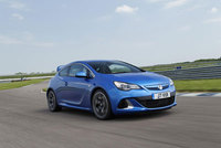 Vauxhall marks 10 years of VXR with latest 1600hp line-up