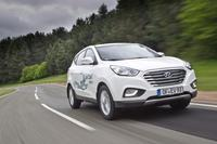 Hyundai Motor's ix35 Fuel Cell undertakes record hydrogen-powered drive