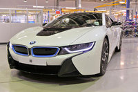 UK power behind revolutionary new BMW i8 plug-in hybrid sports car