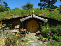 Experience Middle Earth with Kiwi Experience's top NZ movie locations