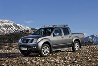 Navara picks up more features for 2015