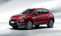Fiat 500X debuts at the 2014 Paris Motor Show