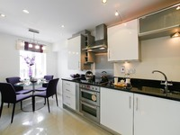 Step on the property ladder in style with a new apartment at Knights Park