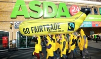 Public 'a-peel' to Asda & Tesco to sell more Fairtrade bananas