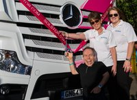 Mercedes-Benz Actros is 'in the pink' for Solstor