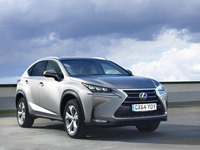 Lexus NX 300h excels in safety testing