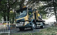 The new Volvo FL with 4x4 - For both urban and gravel roads