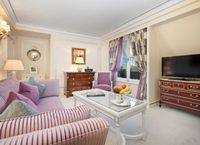 The Ritz London unveils two new Suites