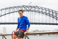 Federer plays Hewitt in a world first tennis launch in Sydney