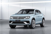 Volkswagen unveils new five-seat cross Coupe GTE model at Detroit