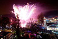 Epic War of the Worlds fireworks spectacular comes to Drayton Manor Theme Park