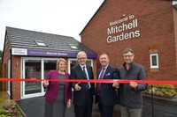 Spitfire designer honoured at launch of showhomes at Taylor Wimpey's Mitchell Gardens