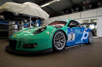 Falken continues partnership with Porsche