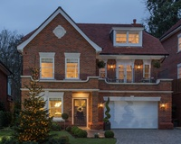 Festive show home launch at Knowle Hill Park