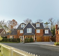 Last chance to escape to the country at Harvard Grange, Little Chalfont