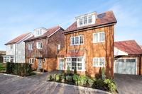 Make a summer move to Somerhill Green, Tonbridge