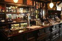 How are pubs adapting to meet the needs of a developing wedding industry?