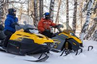 3 safety tips for your winter snowmobiling adventures