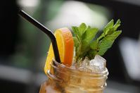Cleanse your body with these 5 detoxifying iced tea recipes